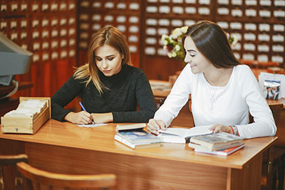 One-to-one English courses For adults ( Private Course for adult ), Our One-to-One English courses can be completely tailor made according to your needs and objectives. - EduFirst Language School