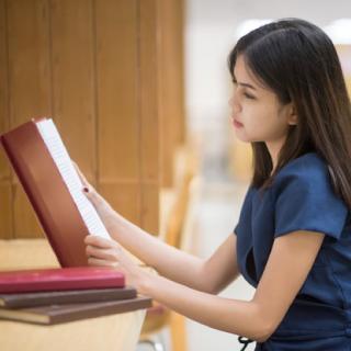 ข้อสอบการอ่าน IELTS เรียนภาษาอังกฤษ ติว IELTS - สถาบันสอนภาษาอังกฤษ EduFirst