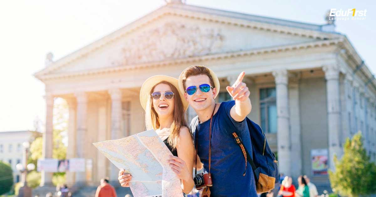 เรียนภาษาอังกฤษจากสิ่งรอบตัว เริ่มต้นเรียนภาษาอังกฤษง่ายๆ ด้วยสถานการณ์ในชีวิตประจำวัน - สถาบันเรียนภาษาอังกฤษ EduFirst