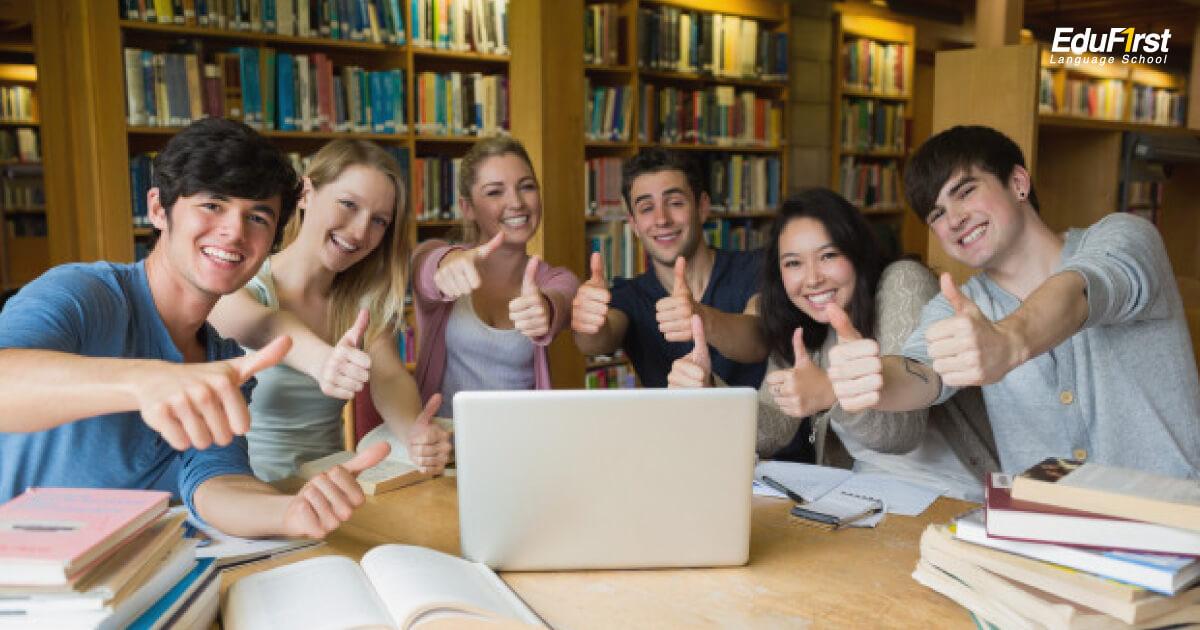 เรียน Grammar แกรมม่าภาษาอังกฤษ พัฒนาพื้นฐานภาษาอังกฤษ รวดเร็ว เสริมทักษะภาษาอังกฤษ พูด ฟัง อ่าน เขียน - คอร์สเรียน Grammar - โรงเรียนสอนภาษาอังกฤษ EduFirst