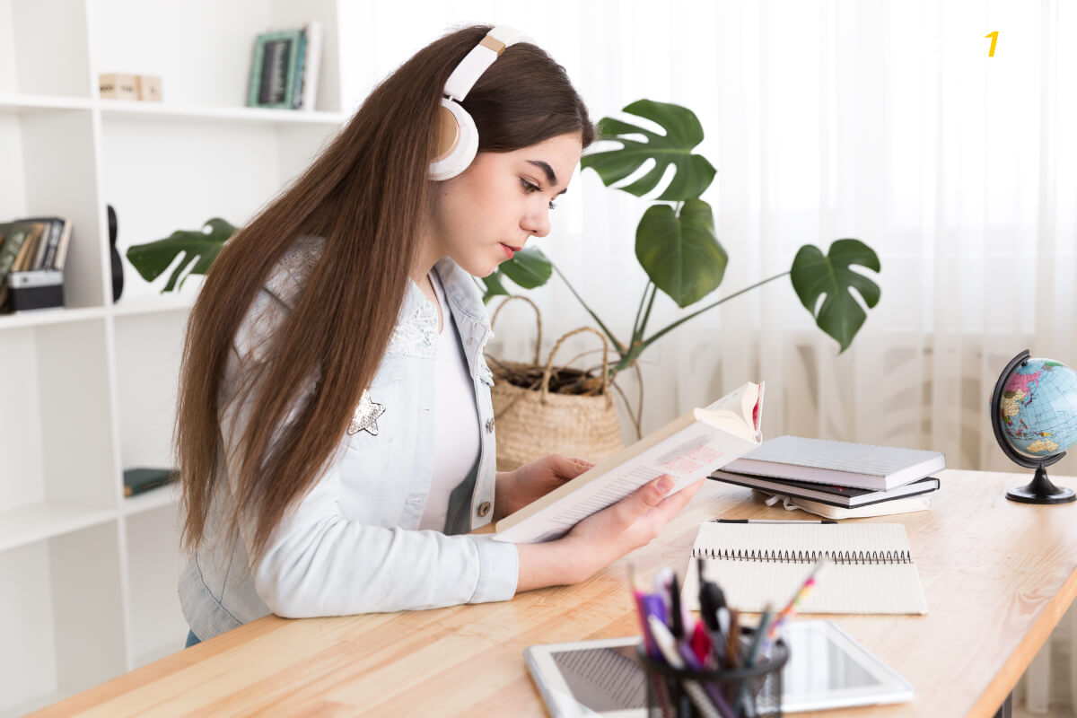 IELTS Listening สอบฟังไอเอล สอบอะไรบ้าง มีเนื้อหาอะไรบ้าง - เรียนภาษาอังกฤษ สำหรับเตรียมสอบ EduFirst