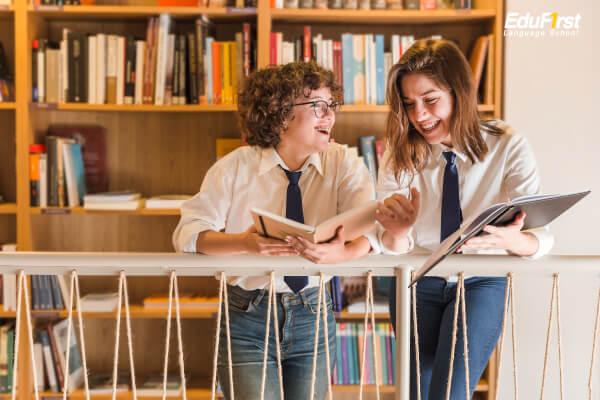 การสนทนาภาษาอังกฤษสอบถามถึงทุกข์-สุข สบายดีไหม English conversation questions - how are you? - เรียนภาษาอังกฤษ, โรงเรียนภาษาอังกฤษ EduFirst