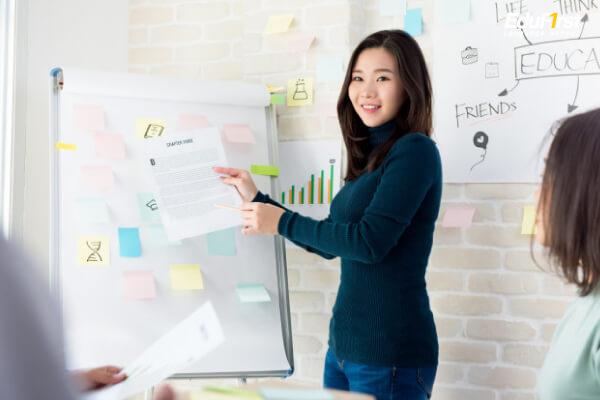 พูดแนะนำตัวภาษาอังกฤษ เรียนพูดภาษาอังกฤษ Introduce Yourself - โรงเรียนภาษาอังกฤษ EduFirst