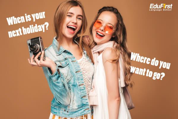 ประโยคคำถามภาษาอังกฤษ เกี่ยวกับวันหยุดพักผ่อนใน วันหยุดสุดสัปดาห์ (Holidays) - เรียนภาษาอังกฤษ สนทนาอังกฤษ EduFirst สถาบันภาษาอังกฤษ
