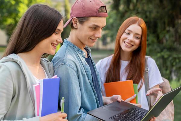 TOEFL สอบอะไรบ้าง? การสอบ TOEFL แบ่งเป็นกี่ประเภท อะไรบ้าง?