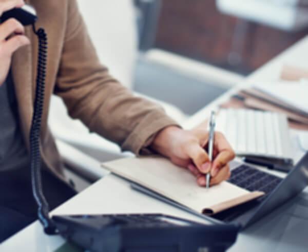บทสนทนาภาษาอังกฤษทางโทรศัพท์ การโทรกลับ - เรียนภาษาอังกฤษออนไลน์ เพื่อการทำงาน  สถาบันภาษาอังกฤษ EduFirst