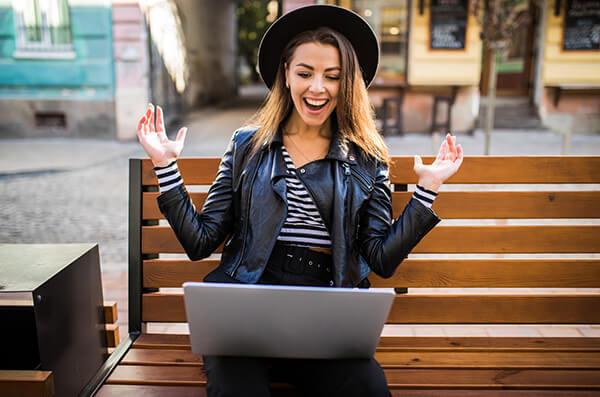 บทสนทนาภาษาอังกฤษ การค้าขายออนไลน์ เรียนภาษาอังกฤษออนไลน์ สำหรับธุรกิจ - สถาบันสอนภาษาอังกฤษ EduFirst