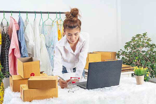 Work at home คืออะไร?  คุณมีอาชีพอิสระ ทำธุรกิจส่วนตัวจ ทำงานอยู่ที่บ้าน  - เรียนภาษาอังกฤษ Online รับรองผล โรงเรียนสอนภาษาอังกฤษ EduFirst