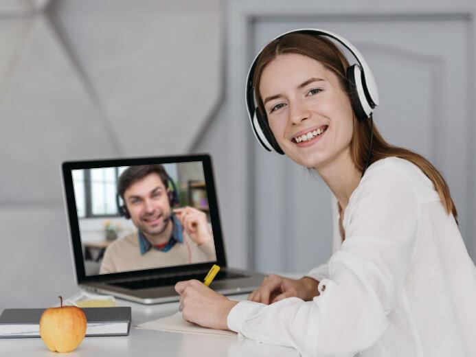 คอร์สเรียนภาษาอังกฤษออนไลน์ ตัวต่อตัว ผู้ใหญ่ นักศึกษา วัยทำงาน - โรงเรียนสอนภาษาอังกฤษ EduFirst